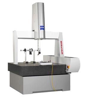 Officina Sasco - Sala metrologica - Banco misurazione Zeiss Spectrum